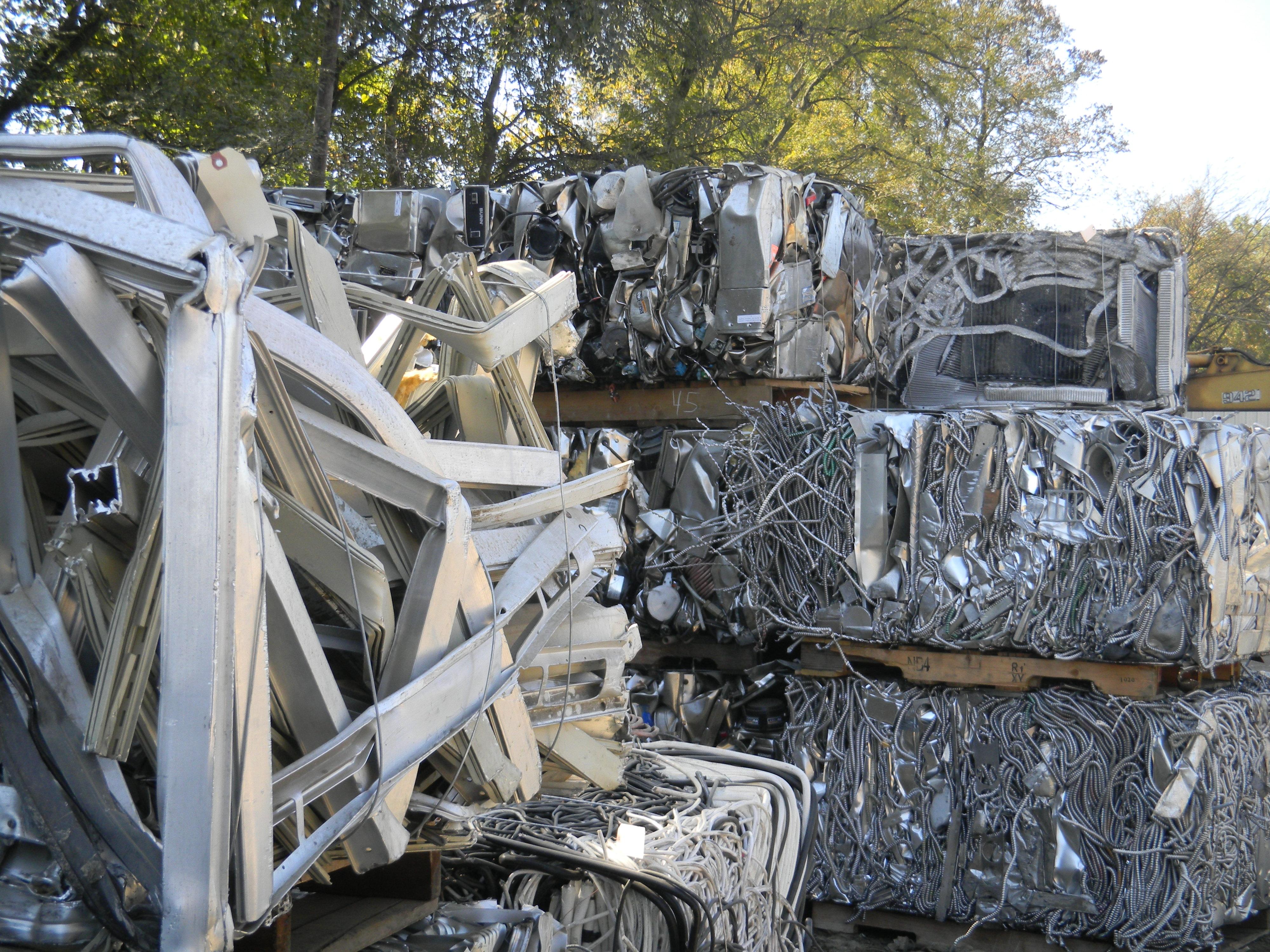 Anything made with steel can be easily recycled | Think Outside The Bin