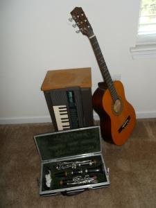 Instruments, keyboard, guitar